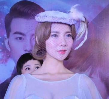 2011 伊兰特avante[凤天传媒]美女热舞来袭、高薪招主播/高薪招唛手-正在直播-中国领先usana